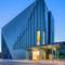 Arkitektkontoret Brekke Helgeland Brekke AS har brukt Tata Steel sine stålkassetter i hovedkonstruksjonen, og forblendinger i stålnett