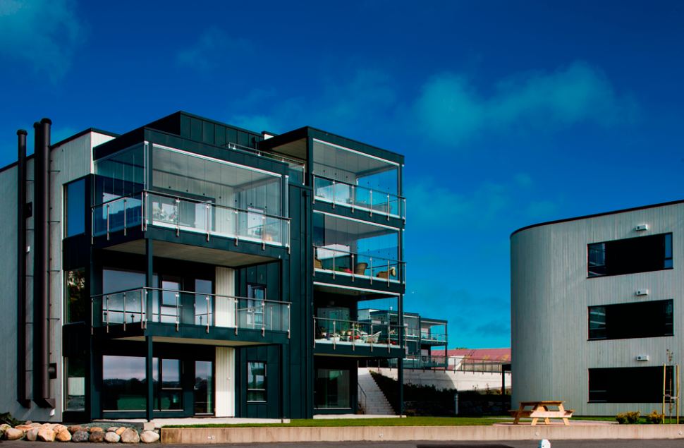 Rossabø Havn leiligheter langs Smedasundet i Haugesund